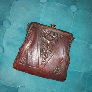 Handbags - ANTIQUE clutch